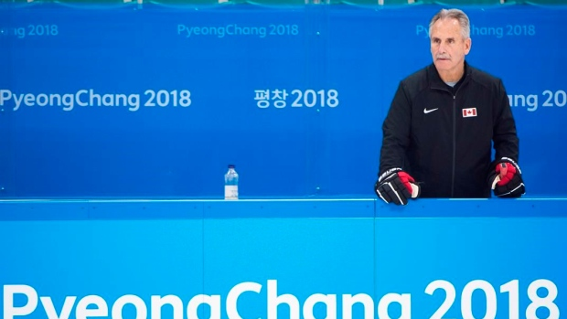 South Korea hockey coach will stay two more years