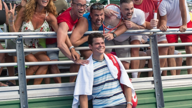 Milos Raonic with Canadian tennis fans