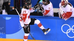 Marie-Philip Poulin gives Canada 2-1 lead article image