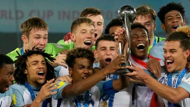 England-u-17-celebrates