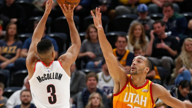 Lillard's layup after Suns turnover gives Portland victory