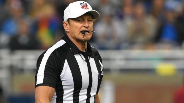 Longtime Nfl Referees Hochuli Triplette Retire Tsnca