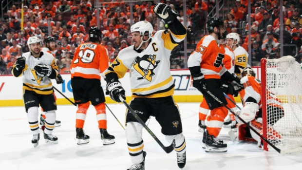 Sidney-crosby-celebrates-goal