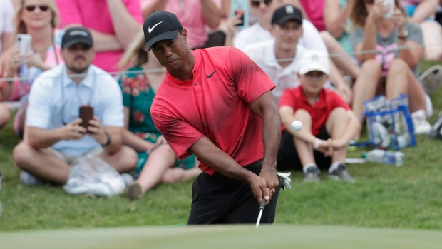 Improbable! amateur canadian golf man that