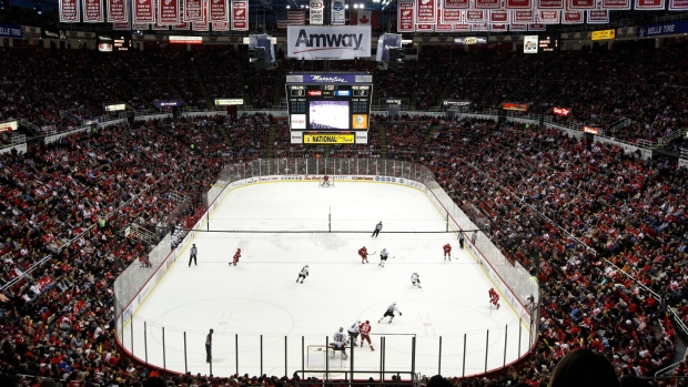 Hodge: Thumbs up to Joe Louis Arena, thumbs down to missed ...
