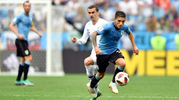 Arsenal sign Uruguay global  Torreira