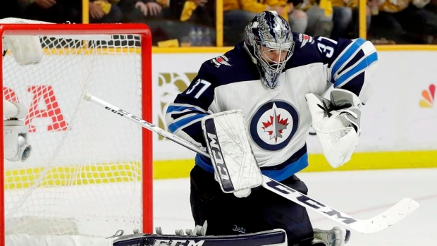 Jets-sign-star-goaltender-hellebuyck-to-six-year-contract-worth-37-million-article-image-0