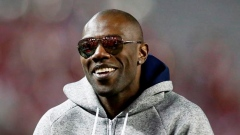 Former NFL receiver Terrell Owens activates window with Edmonton Eskimos Article Image 0