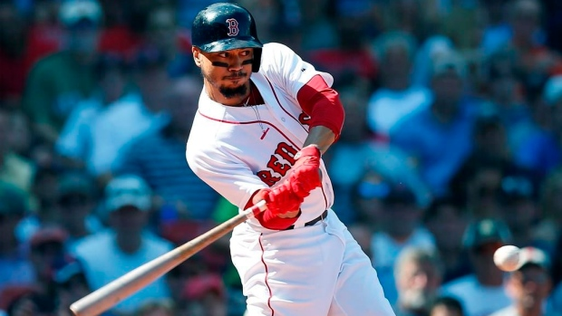 Boston's Mookie Betts leaves game after getting hurt
