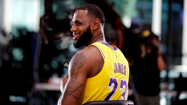 edbce8517b8 Lakers loving LeBron s leadership in 1st practice together - TSN.ca