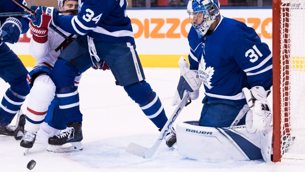 John Tavares nets hat trick in Maple Leafs' win over Blackhawks