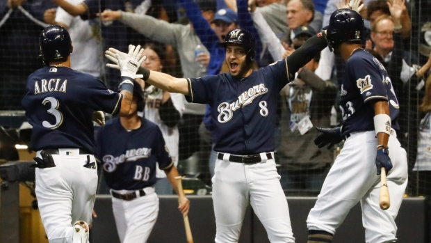 NLDS Game 3: Brewers lead Rockies 2-0 at Coors Field