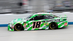 Kyle Busch, Harvick start NASCAR race at Dover on front row Article Image 0