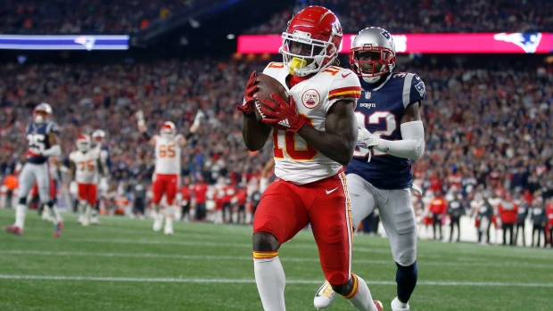 Chiefs' Tyreek Hill being investigated for battery on child