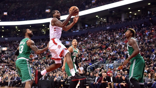 With no Leonard, Lowry leads Toronto Raptors past Washington Wizards 117-113