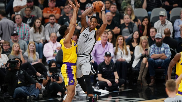 new styles bba42 1b066 DeRozan, Spurs outduel LeBron and Lakers - TSN.ca