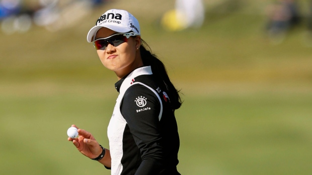 Lee takes lead at Japan Classic