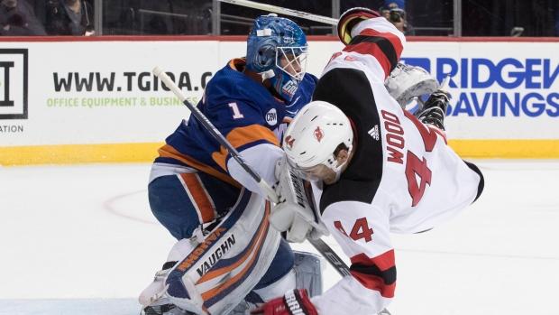 purchase cheap 29a74 823f5 Greiss, Islanders blank Devils - TSN.ca