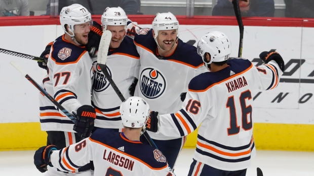 c93745fb247 Brodziak scores twice, Oilers beat Red Wings - TSN.ca