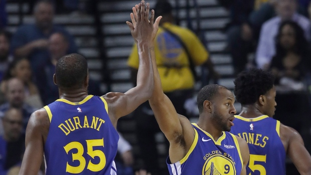 d7d4537b9c2 Durant leads Warriors past Nets - TSN.ca
