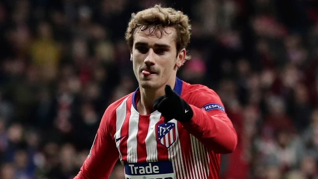 Antoine Griezmann tells Atletico he wants to stay — AS