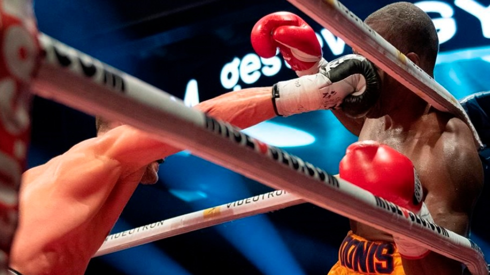 Showtime and Top Rank Boxing on TSN