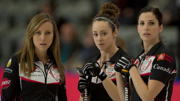 Rachel Homan, Joanne Courtney, Lisa Weagle