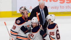 Ken Hitchcock has Oilers rolling, but other coaching changes falling flat Article Image 0