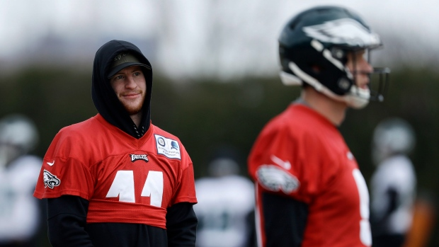 Report   Selfish  Wentz  complicated  Eagles  offence - TSN.ca fc769a9a2