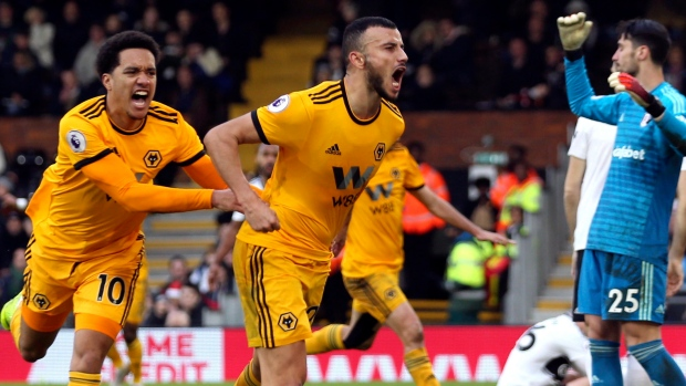 Fulham off bottom after draw with Wolves