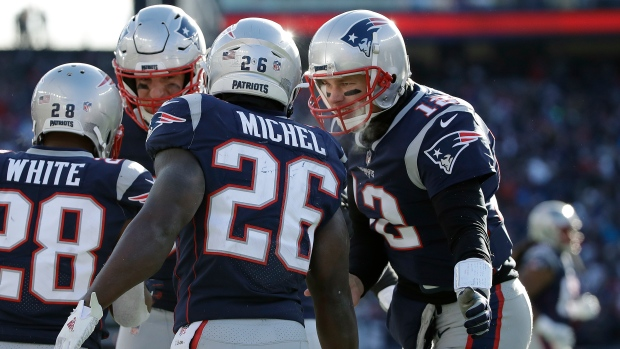 Patriots dominate Chargers to advance to AFC title game - TSN.ca 1ee481eb5