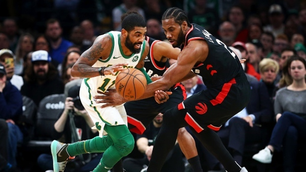 ad81ee431dc2 Irving s clutch night propels Celtics over division-rival Raptors ...