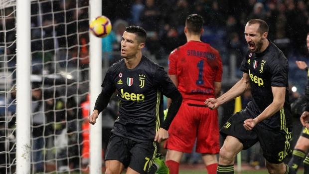 Ronaldo penalty lifts Juve over Lazio - TSN.ca 0316d5783