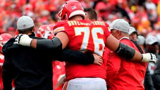 Injury causes Duvernay-Tardif to change mindset heading into  19 ... cce20da3d