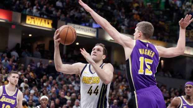 a8d4bf7d5e1b Pacers crush Lakers in LeBron s worst loss - TSN.ca