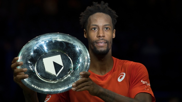 Gael Monfils clinches Rotterdam title by beating Stan Wawrinka
