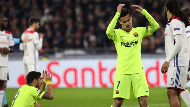 Barcelona held by battling Lyon as Bayern frustrate Liverpool