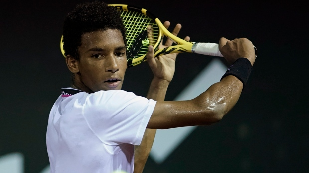 Canadian teenager Auger-Aliassime reaches Rio Open final