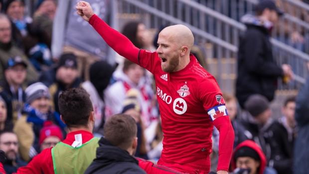 12e76429a Bradley gets first multi-goal MLS game