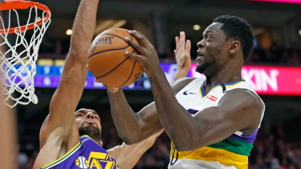 63b37381369e Randle and Holiday rally Pelicans to win over Jazz - TSN.ca