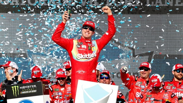 Busch wins at Phoenix, closes in on milestone