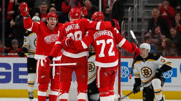 71a44a7bc Mantha's 1st NHL hat trick helps Red Wings beat Bruins - TSN.ca