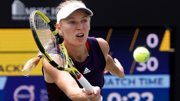 Wozniacki Tops Metric To Advance To Volvo Open Final Tsn Ca