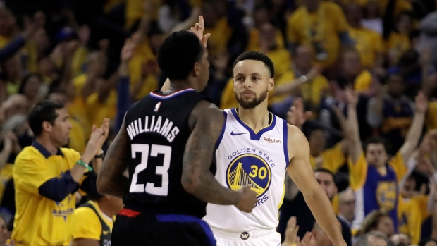 78fda8ea8a5c Curry s 38 points lead Warriors to Game 1 win over Clippers - TSN.ca