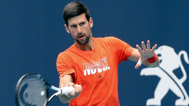 Djokovic smashes racquet in Monte Carlo