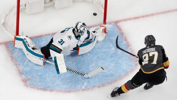 Hertl, Sharks send series back to Vegas for Game 6
