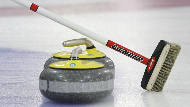 Curling Canada Sets Rules On Broom Technology Tsn Ca