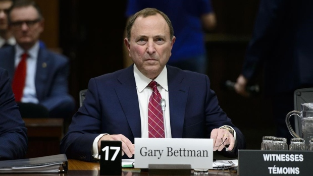 Bettman Banning Hits To Head Would Mean End Of All Hits In Nhl Tsn Ca