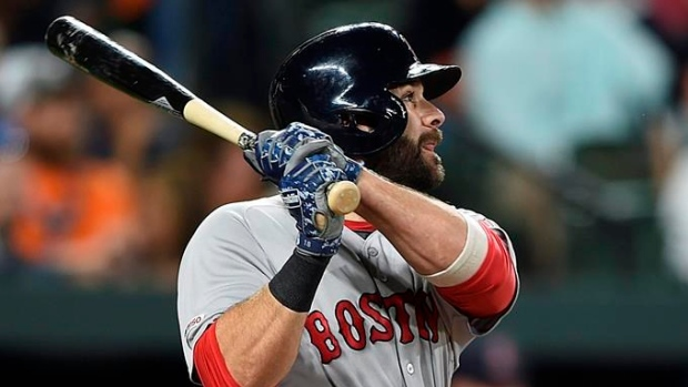 Mitch Moreland, Red Sox agree to a one-year deal