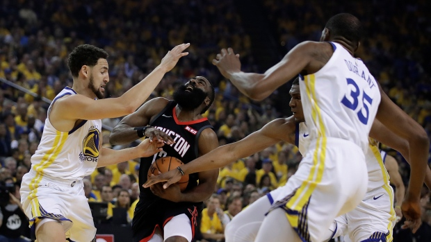 3670046d9d0 Golden State Warriors hold off Houston Rockets to win Game 5 - TSN.ca